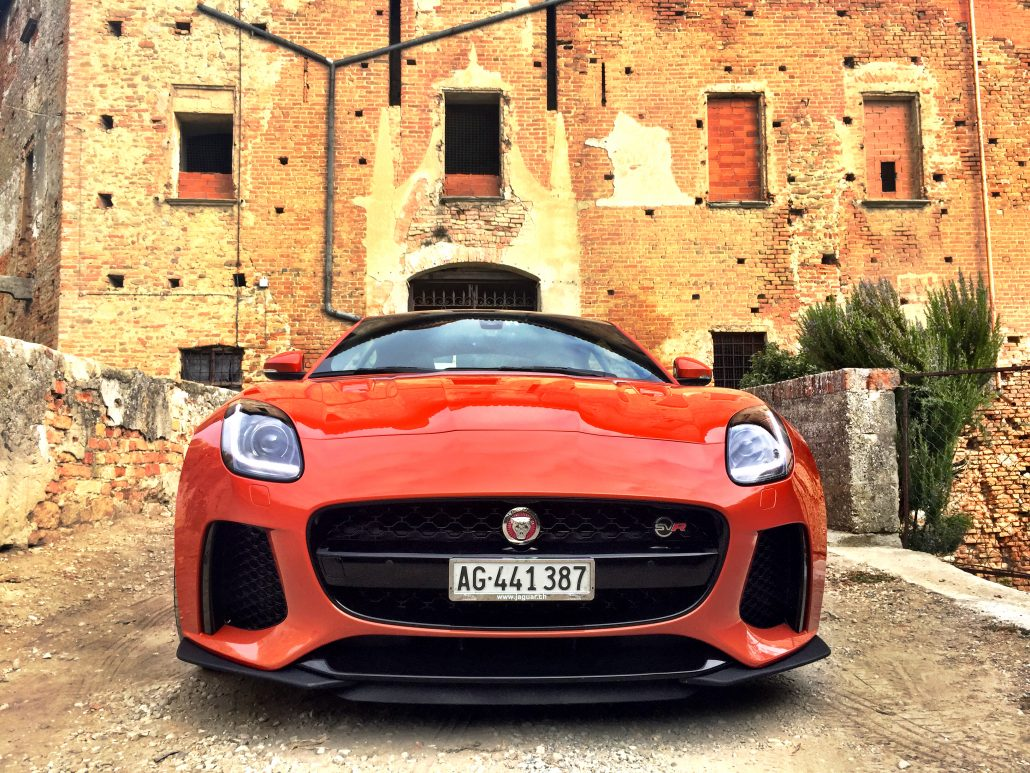 jaguar-f-type-svr-look