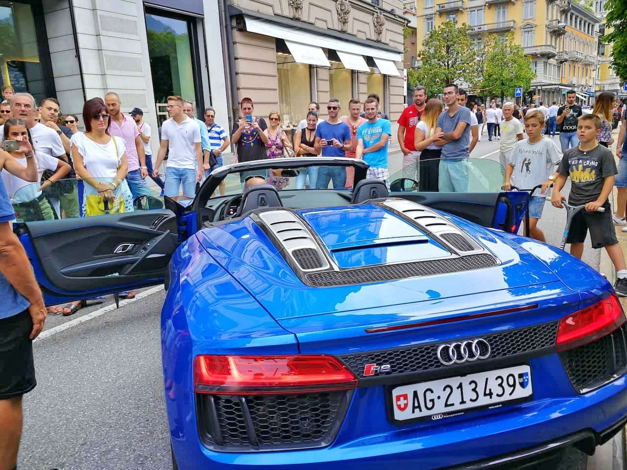 Cars And Coffee With The Audi R Spyder A Gentlemans World - Audi car events
