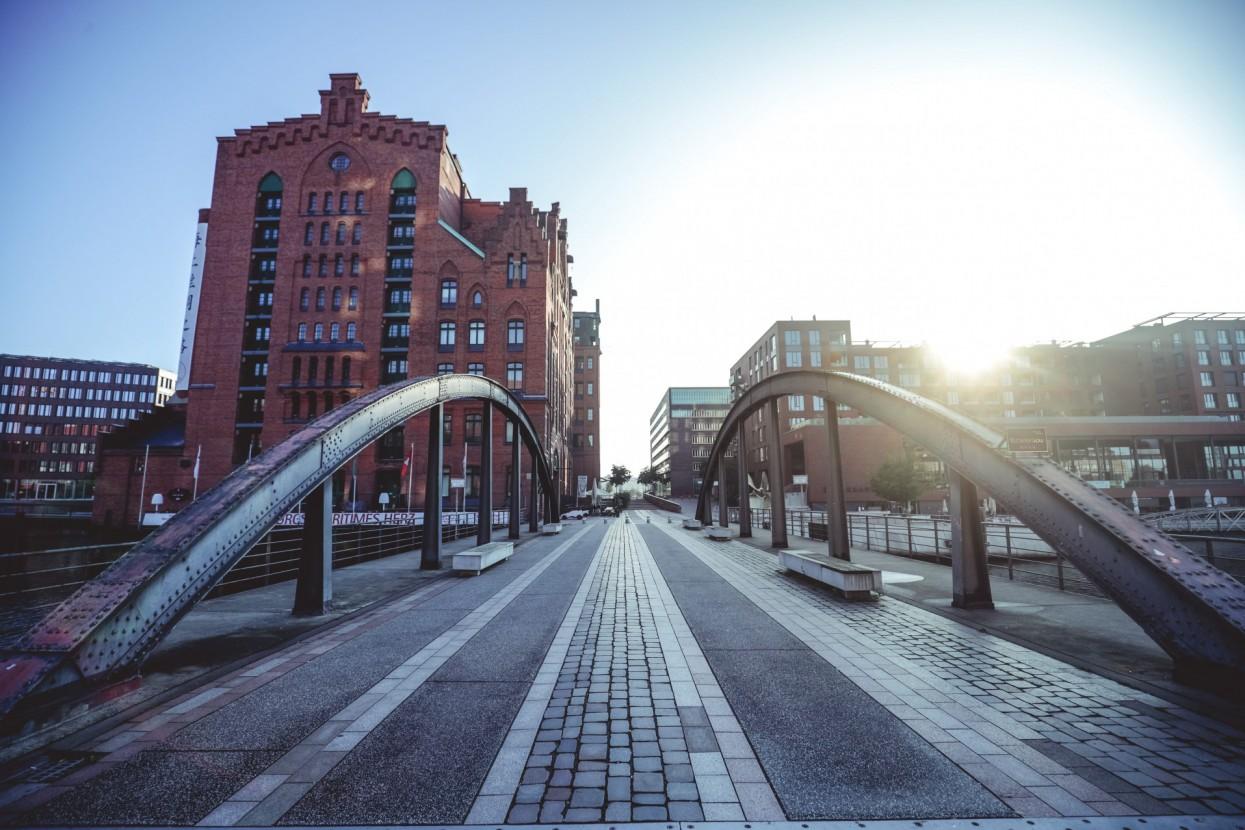 Hafenstadt Brücke
