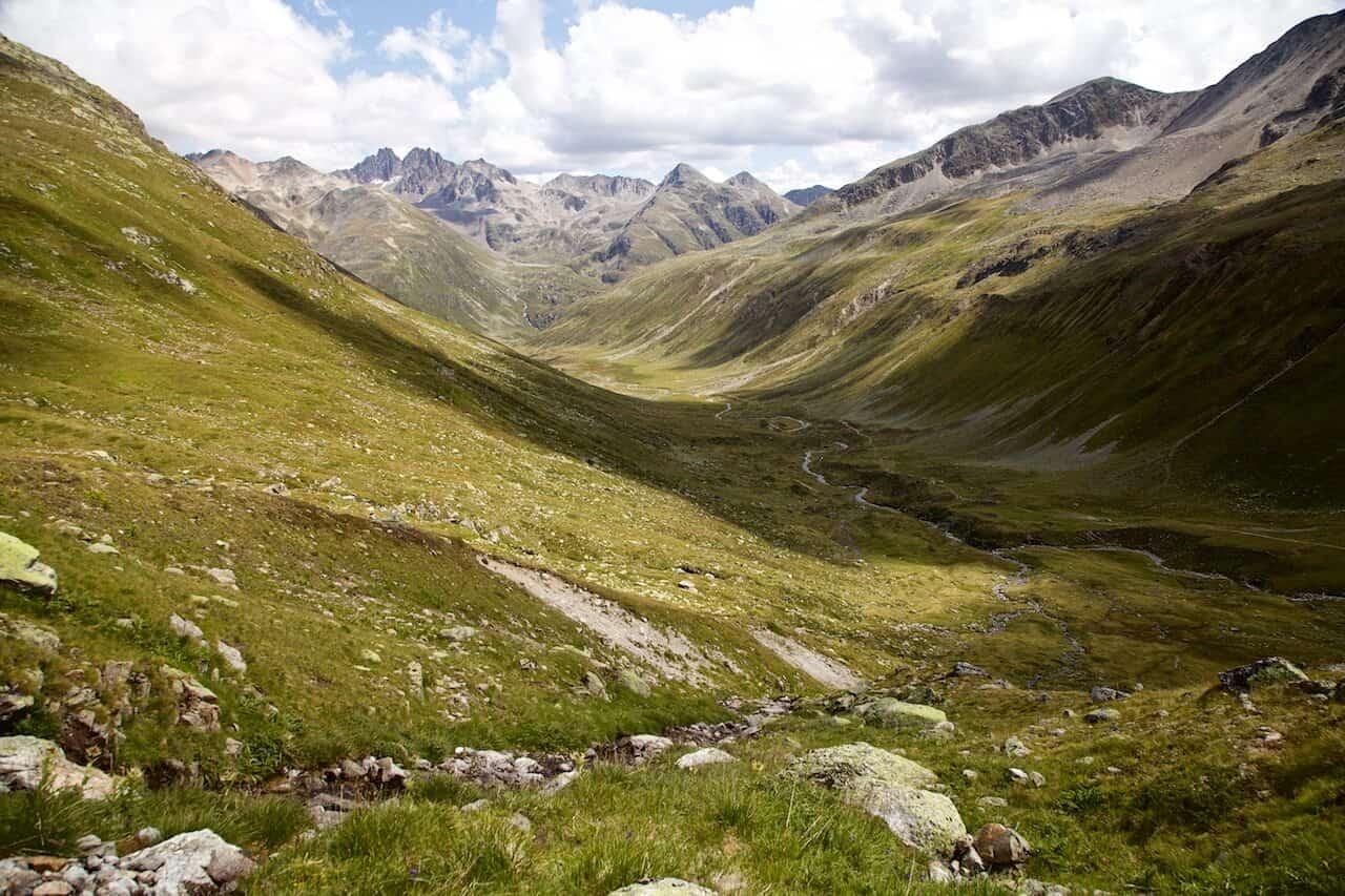 hiking tours in switzerland