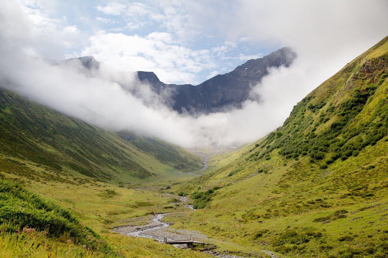 hiking trip switzerland