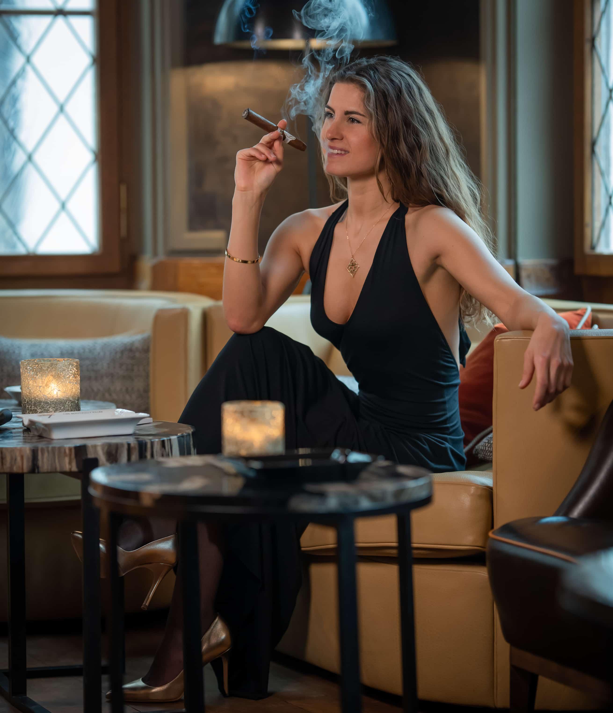 Smoke cigarettes learning to women Amanda B.'s